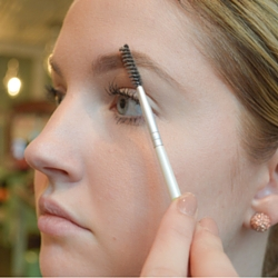 Perfect Eyebrow Step 1 (3)