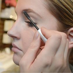 Perfect Eyebrow Step 1 (1)